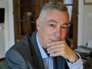 Jacques Huntzinger .